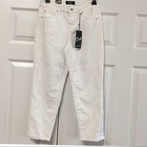 NEW Earl Jeans White Crop Capri Pants With Lace